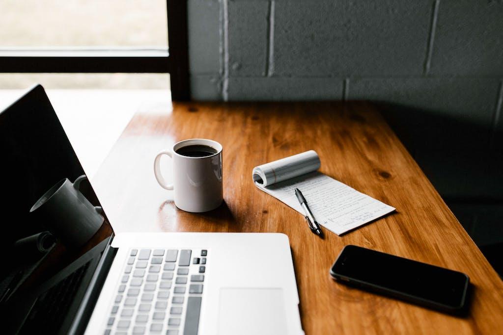 freelance writing jobs splash image