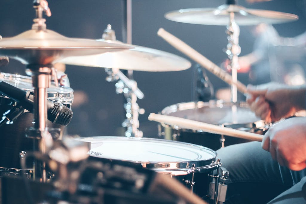 """Bang"" is one of the most common onomatopoeic words for drumming!"